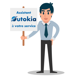 Assistant Outokia spécialiste de la rédaction de contenu web qui tient une pancarte